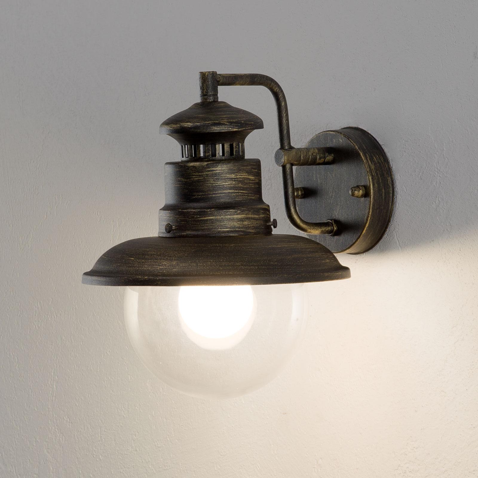 Tiltalende ARTU udendørs væglampe