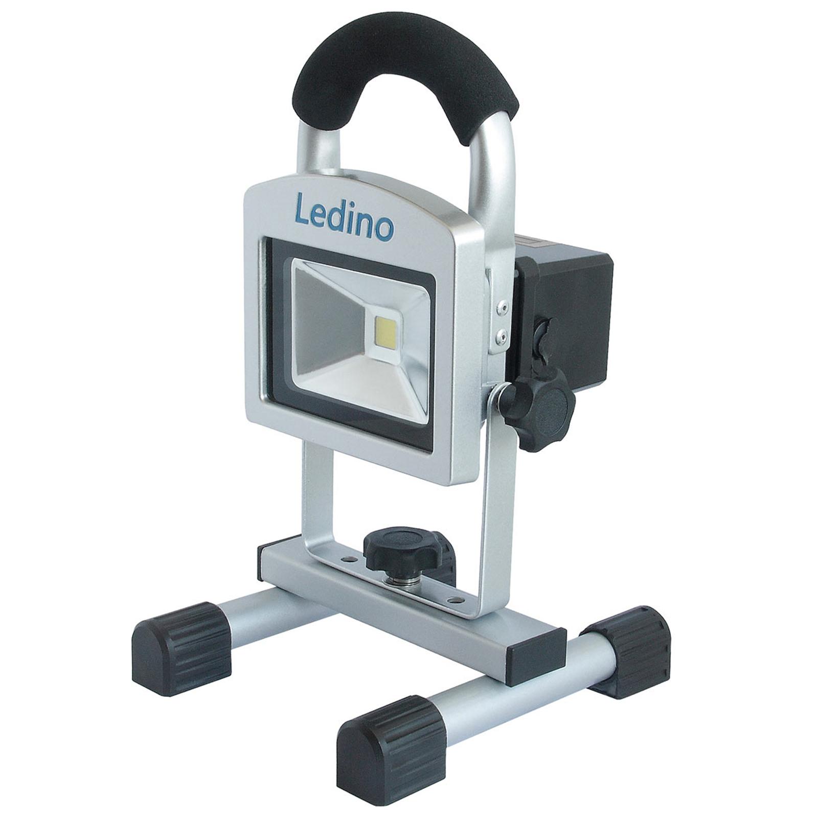 LED-Baustrahler Köpenick 105 Magnetfüße 10W