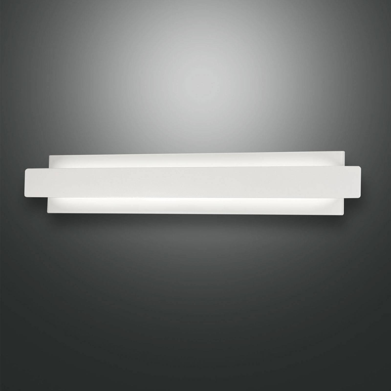 Applique LED Regolo avec devant en métal blanc