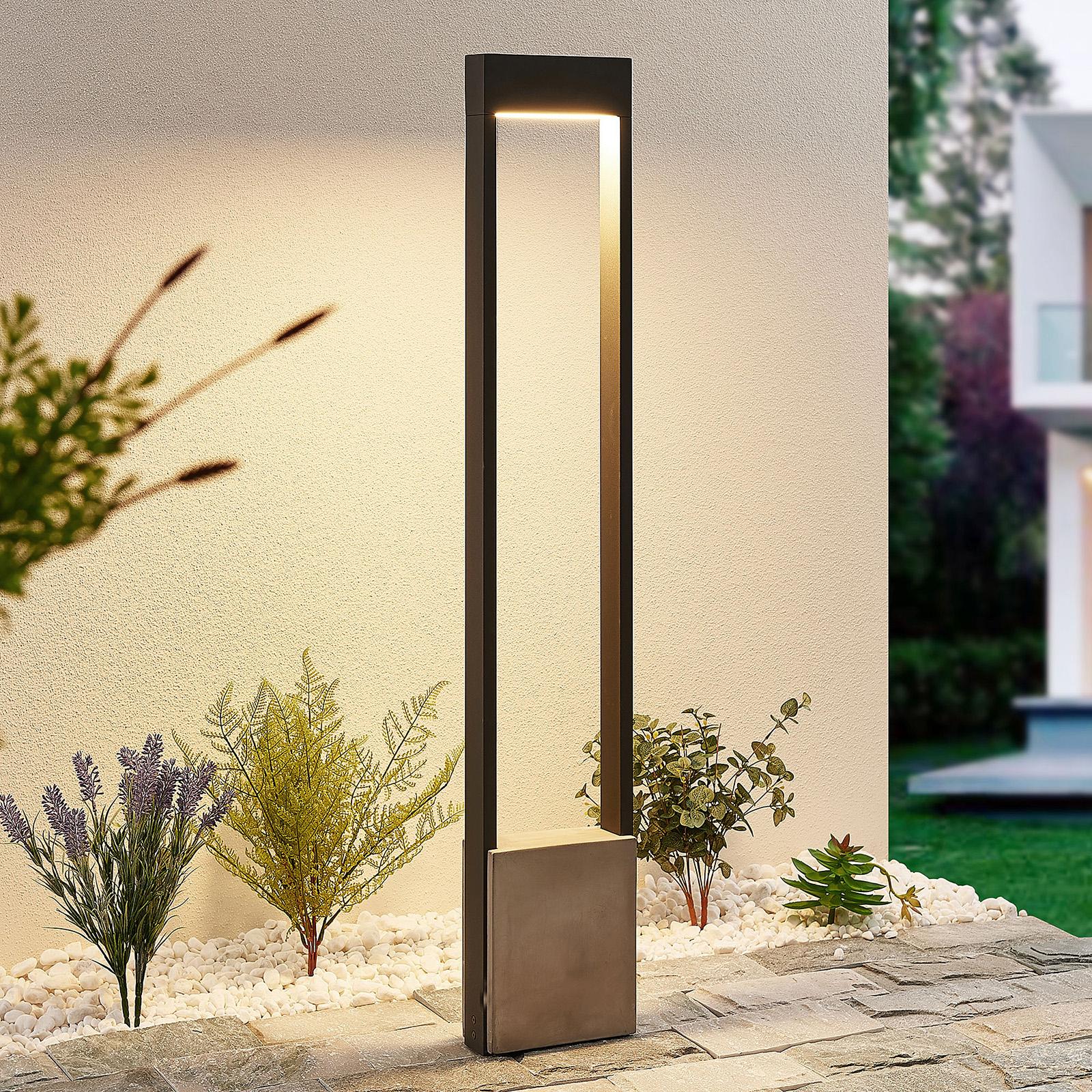 Lucande Tekiro LED-gånglampa, betong, 100 cm