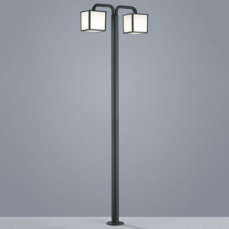 Cubango - een LED mastlamp met 2 lantaarns