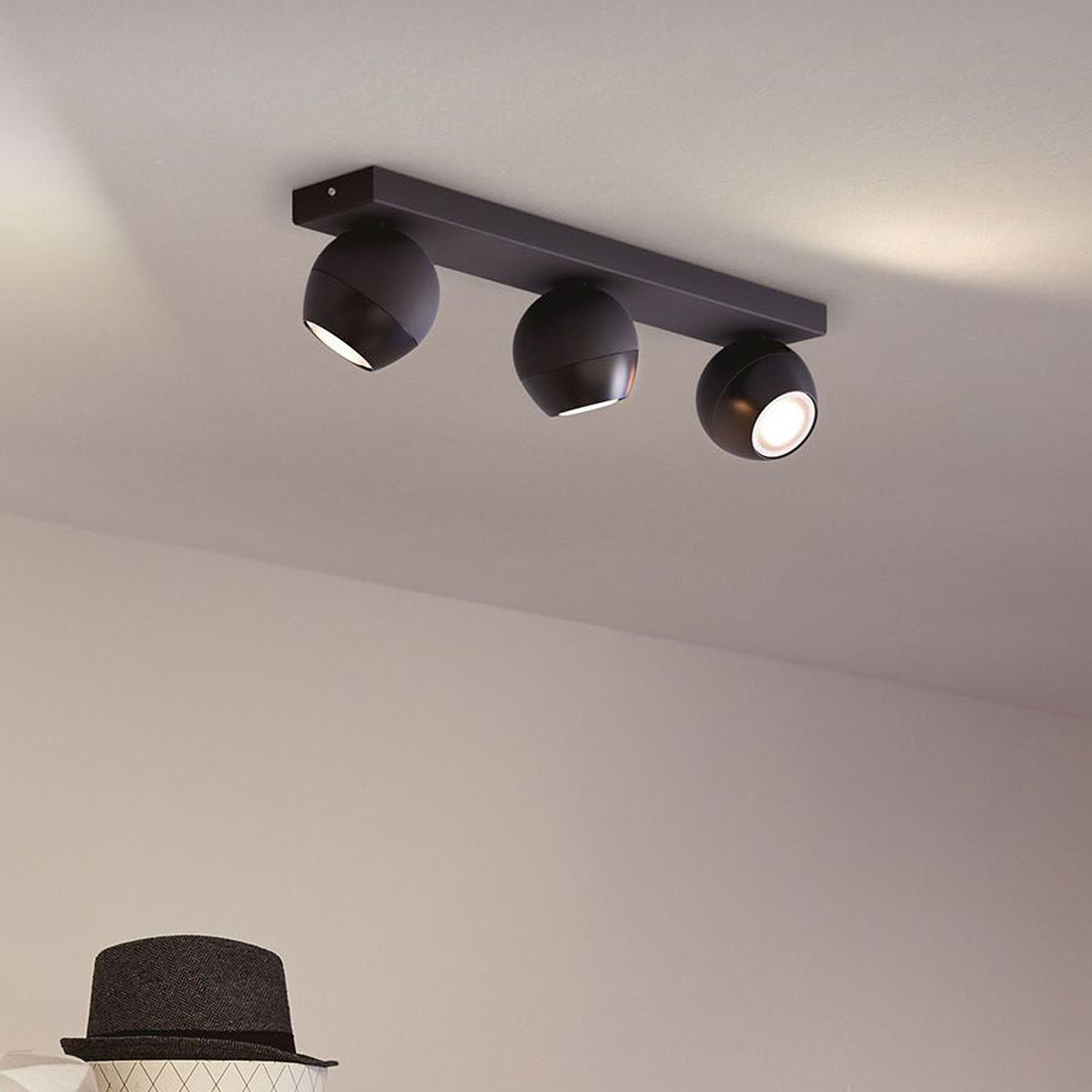 Philips Hue Buckram 3 lyskilder, dæmper, sort