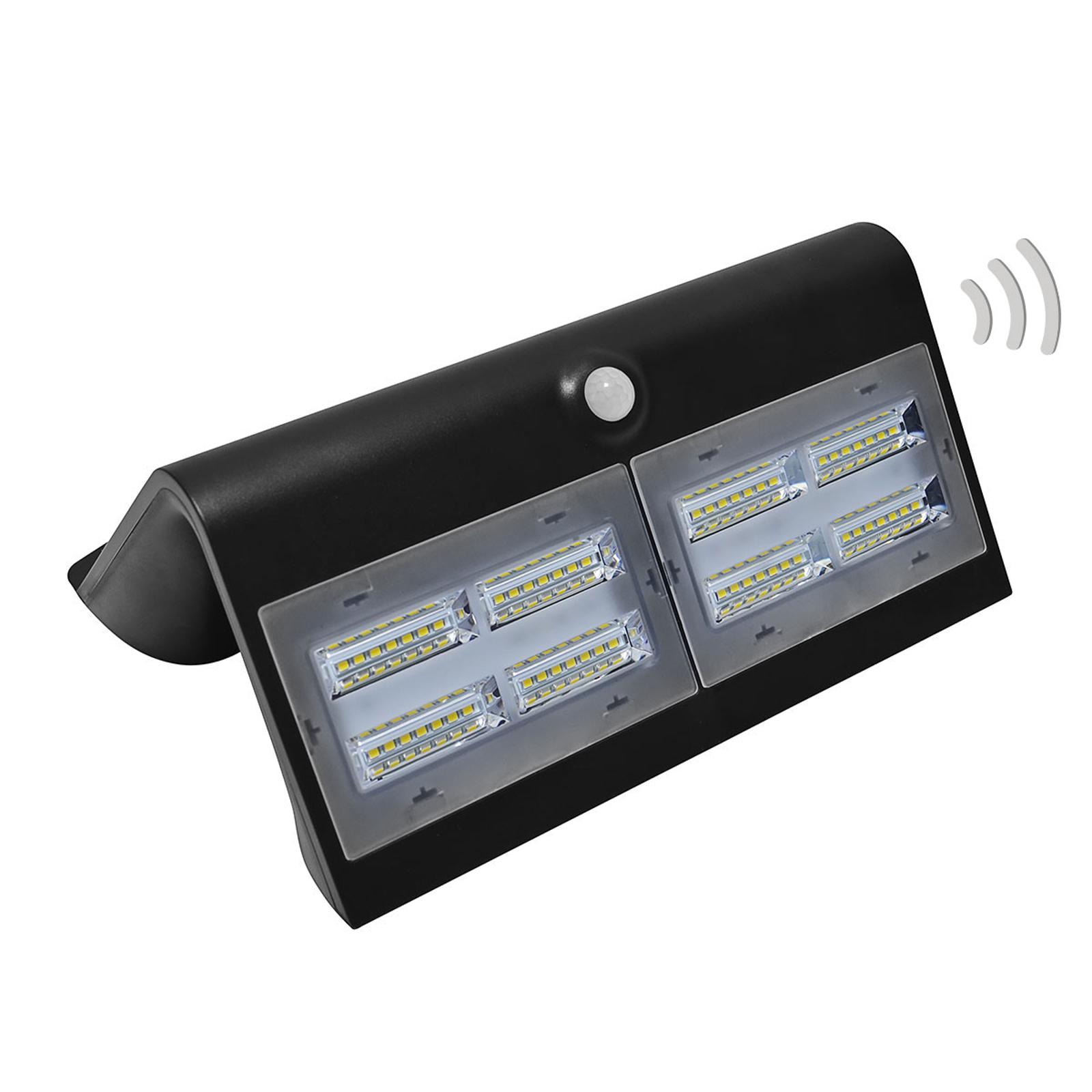Wave L - silna lampa solarna LED z sensoryką