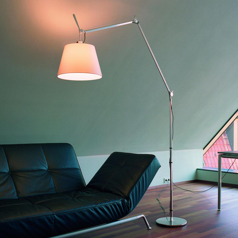 Designergulvlampe Tolomeo Mega med satengskjerm