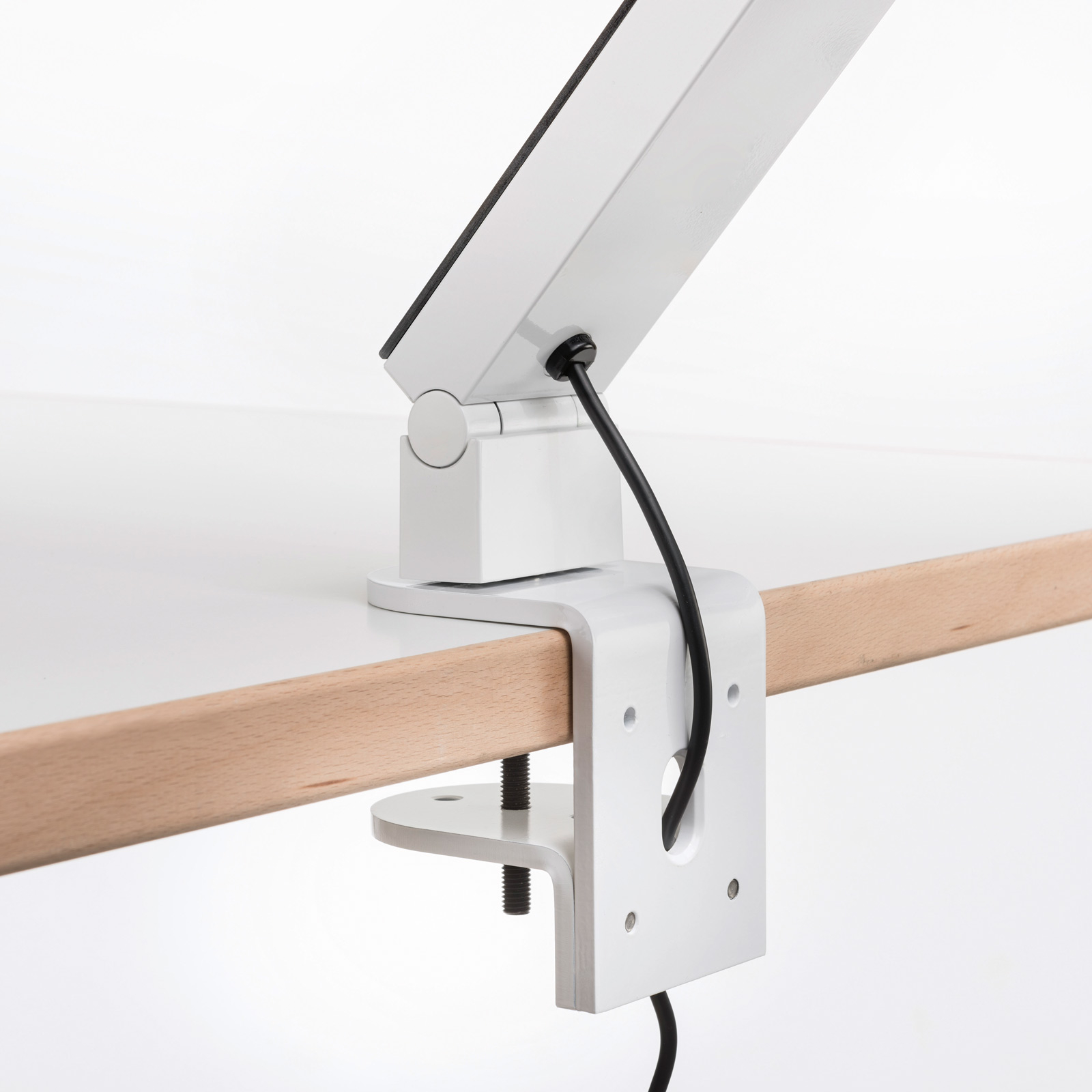 Luctra TableProRadial lampe à poser pince blanche