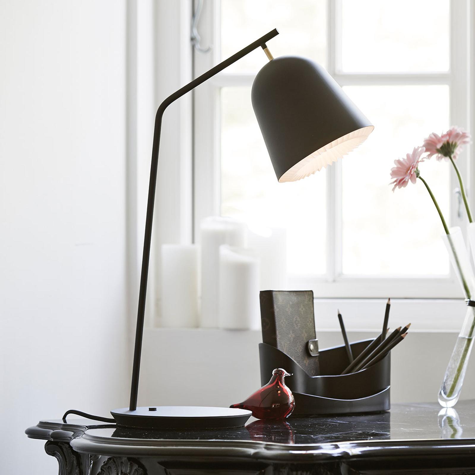 LE KLINT Caché - designová stolní lampa v černé