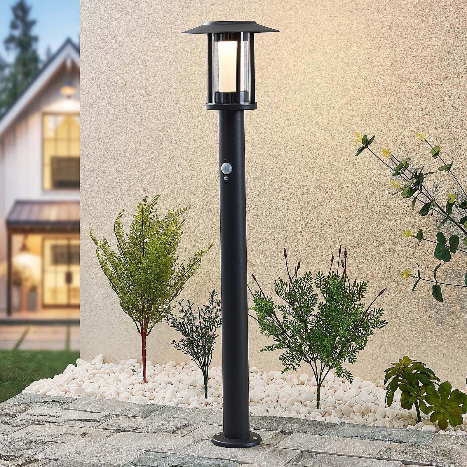 Lindby Volki oświetlenie ścieżki LED z czujnikiem