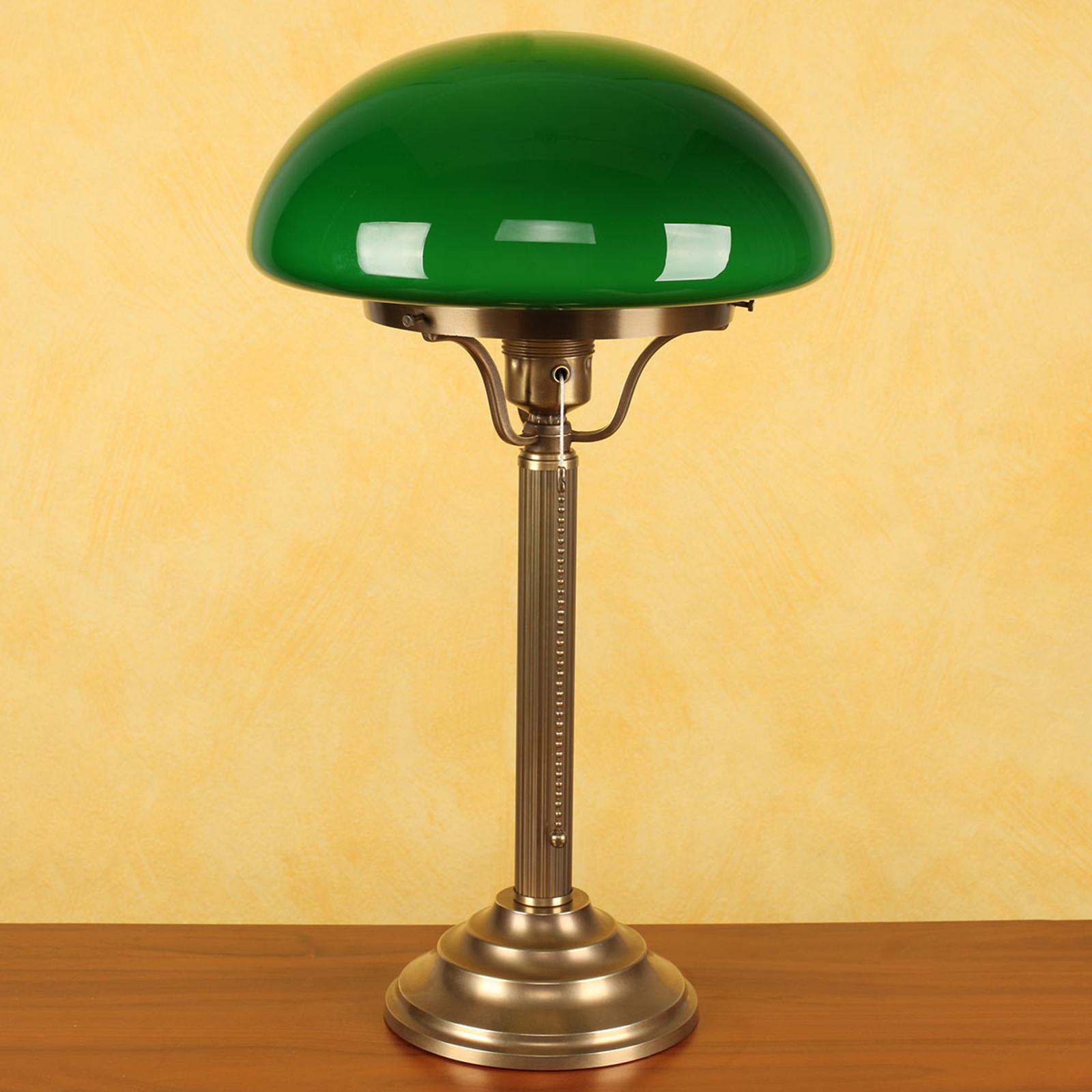 Mosiężna lampa stołowa Hari z zielonym kloszem