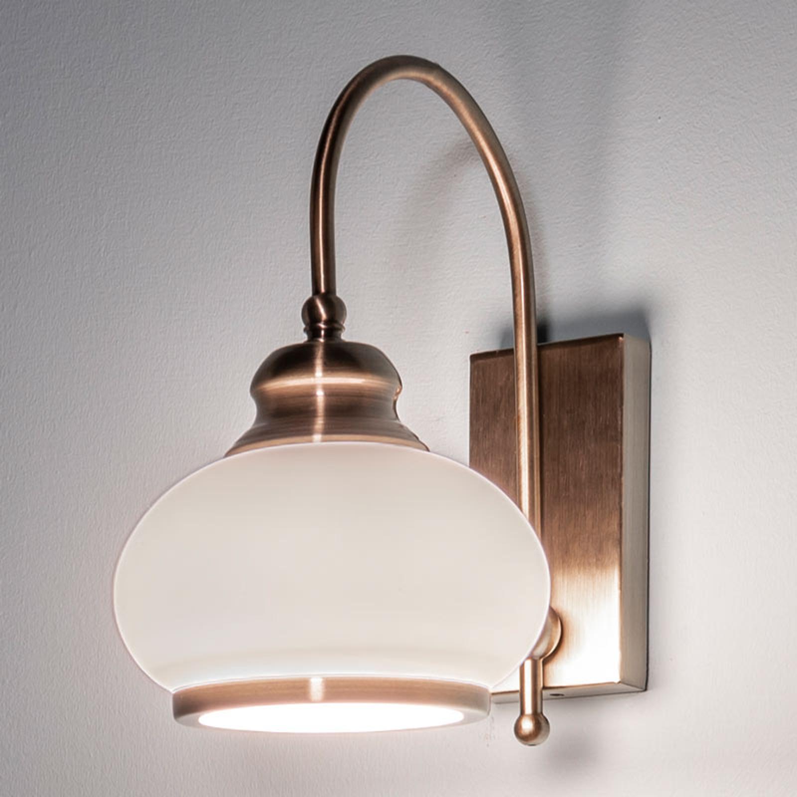 Vegglampe NOSTALGIKA av antikk messing