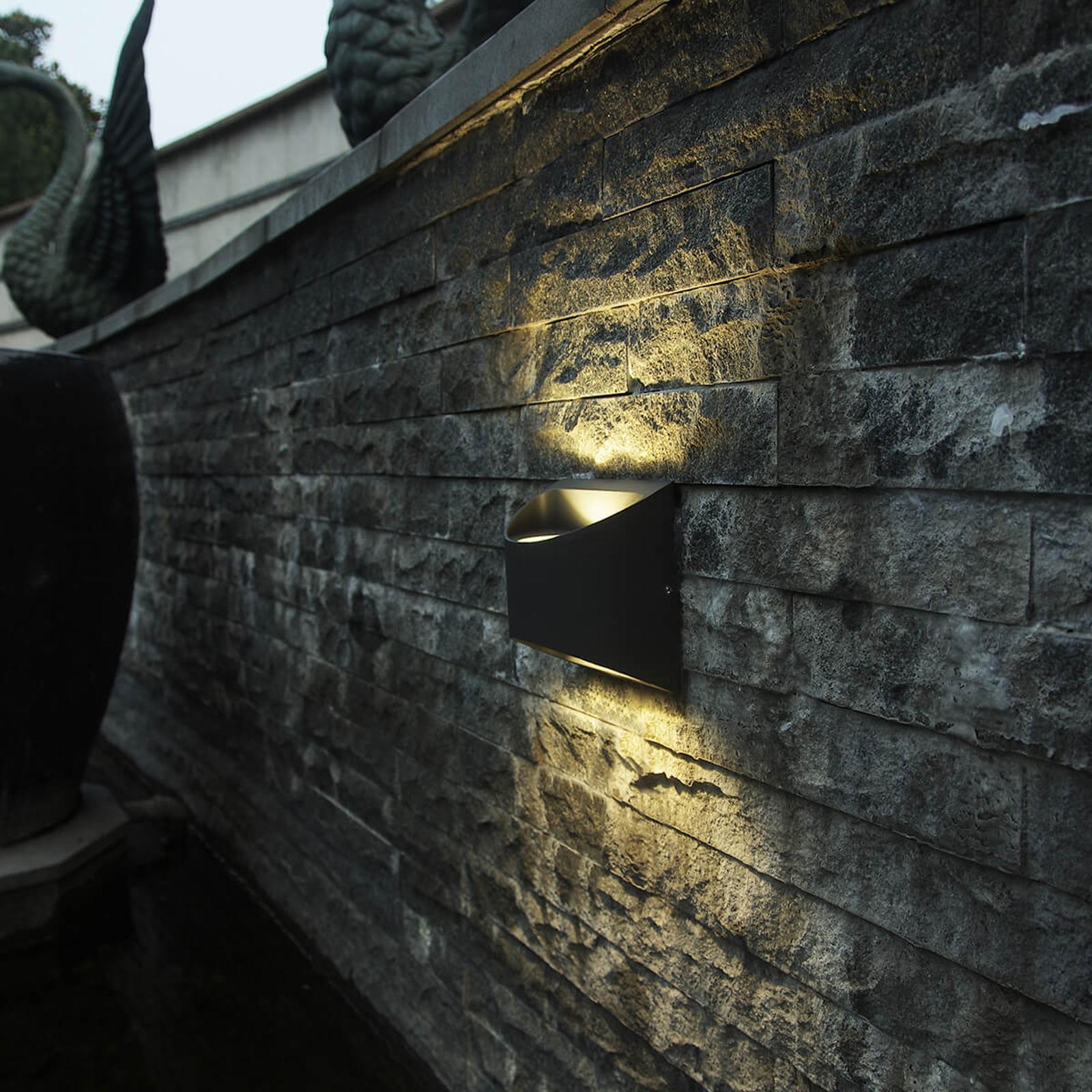 Halvrund utendørs LED-vegglampe Dodd i aluminium