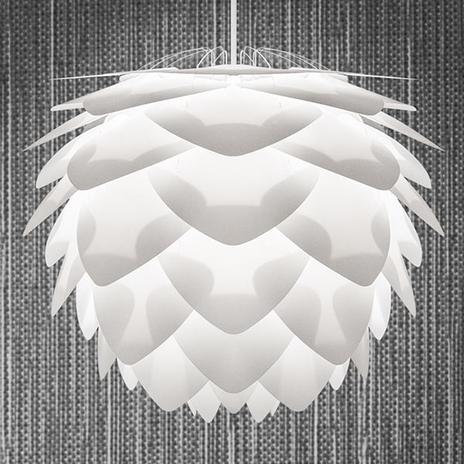 Ozdobna lampa wisząca Silvia medium, biała