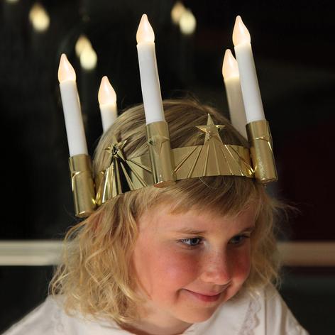 Corona Lucía de cinco velas LED