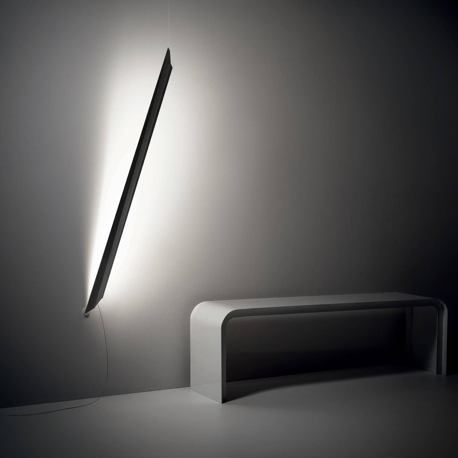 Knikerboker Schegge LED wandlamp, zwart mat