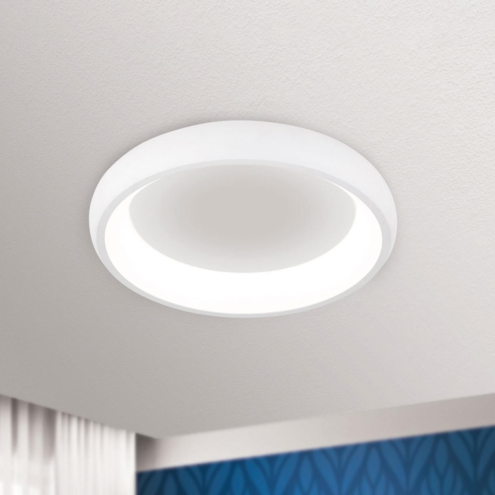 LED-taklampe Venur med lysstråling innenfor 41 cm