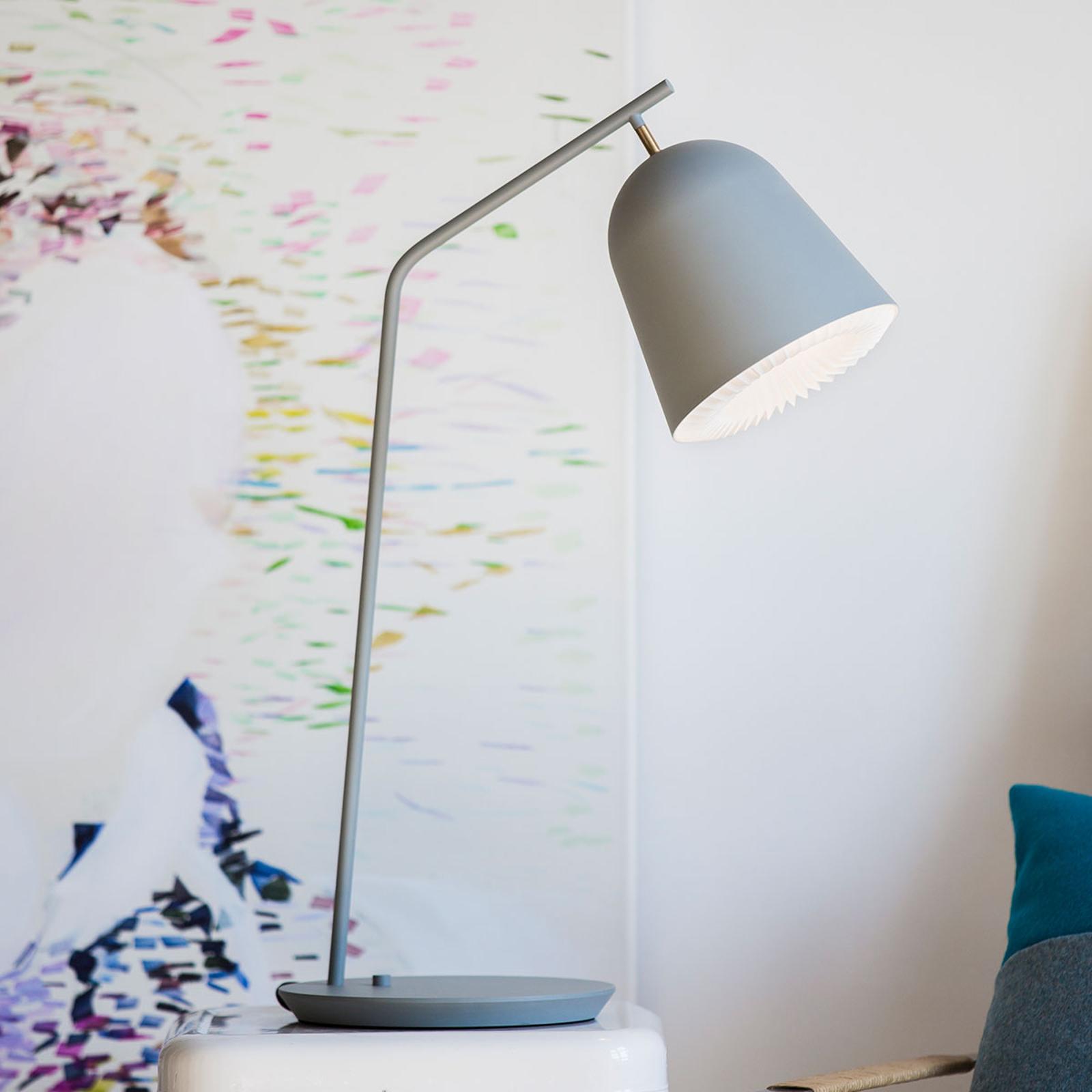 LE KLINT Caché - designová stolní lampa v šedé