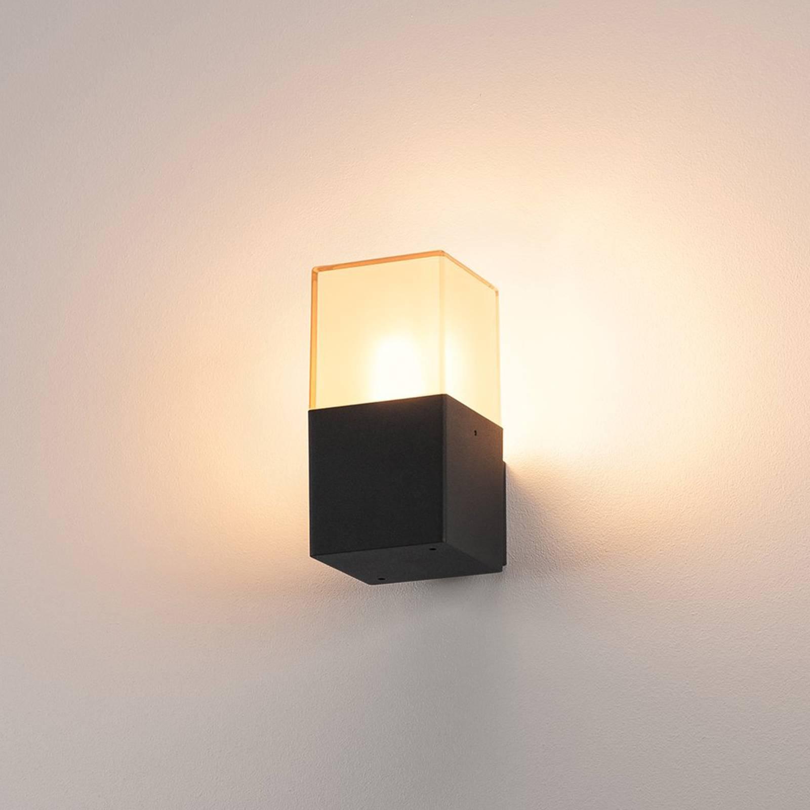 Prostokątna zewnętrzna lampa ścienna GRAFIT