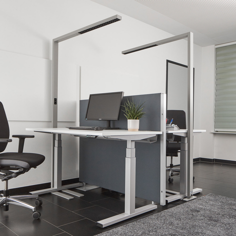 Büro-LED-Stehlampe, variable Lichtfarbe u. Sensor