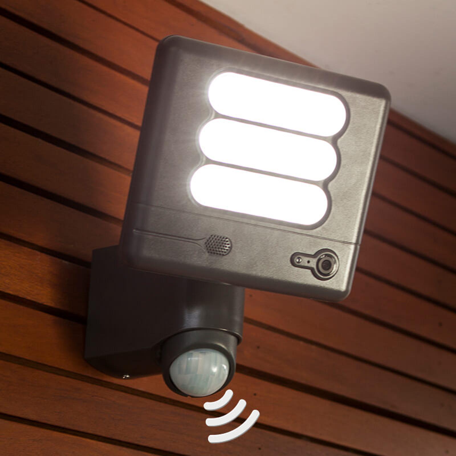 Esa Cam - LED-vägglampa och övervakningskamera