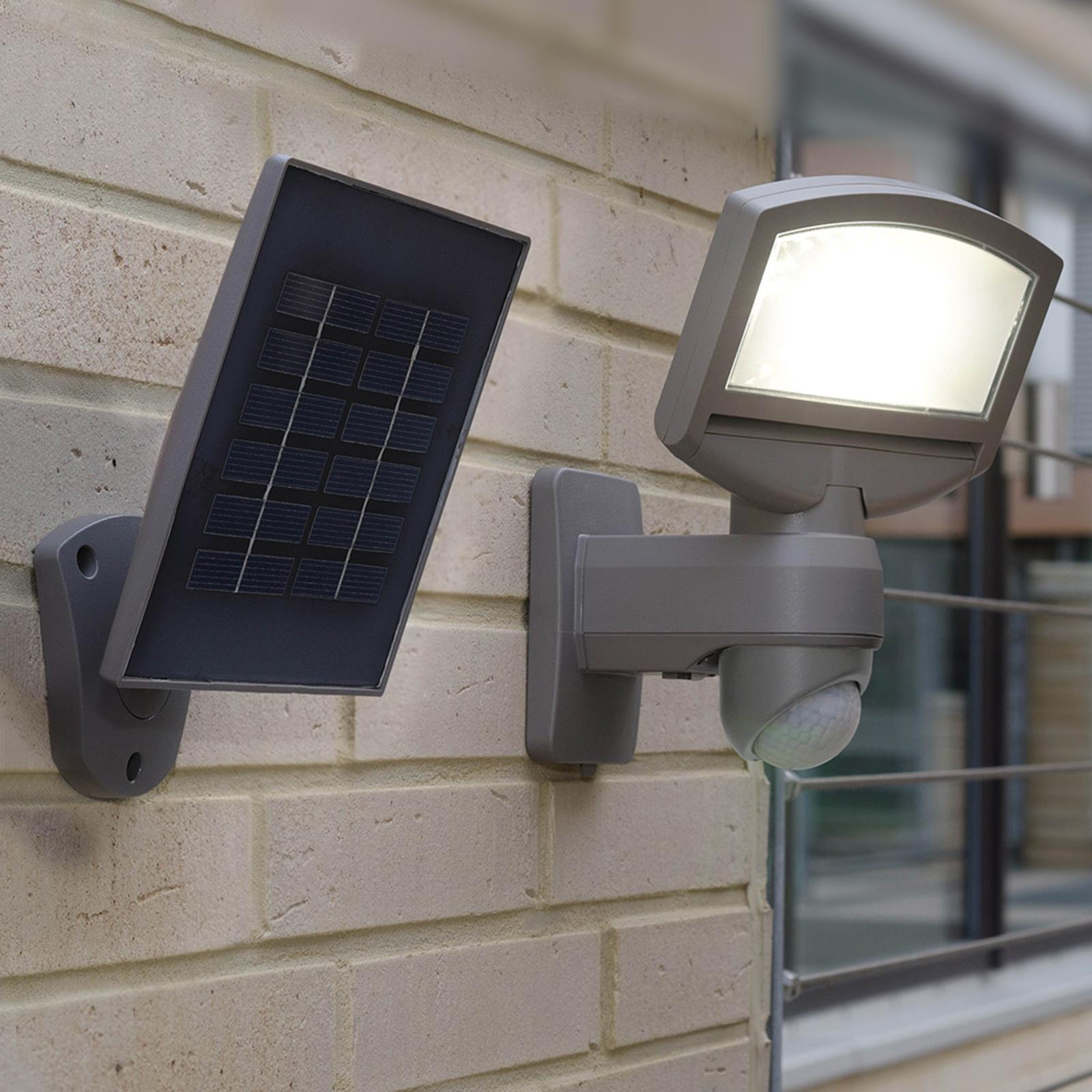 Soldriven LED-utomhusvägglampa Lord Sunshine panel