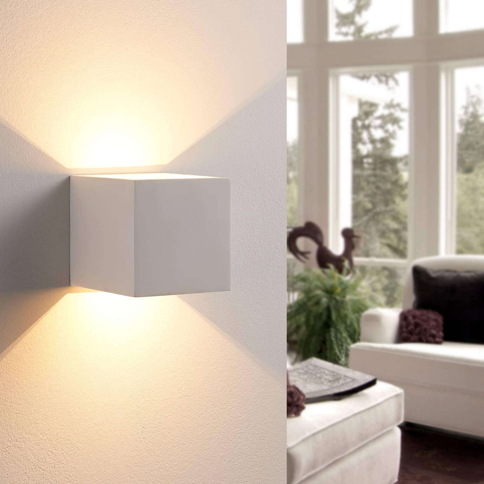 Kubusvormige LED wandlamp Kay van gips