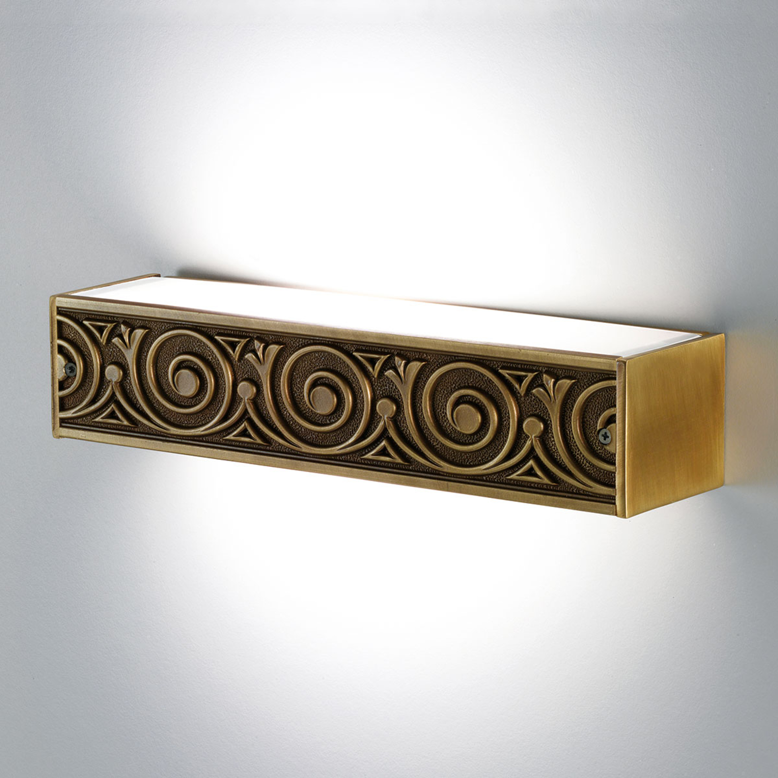 Elegantly decorated Greca wall light_2008197_1