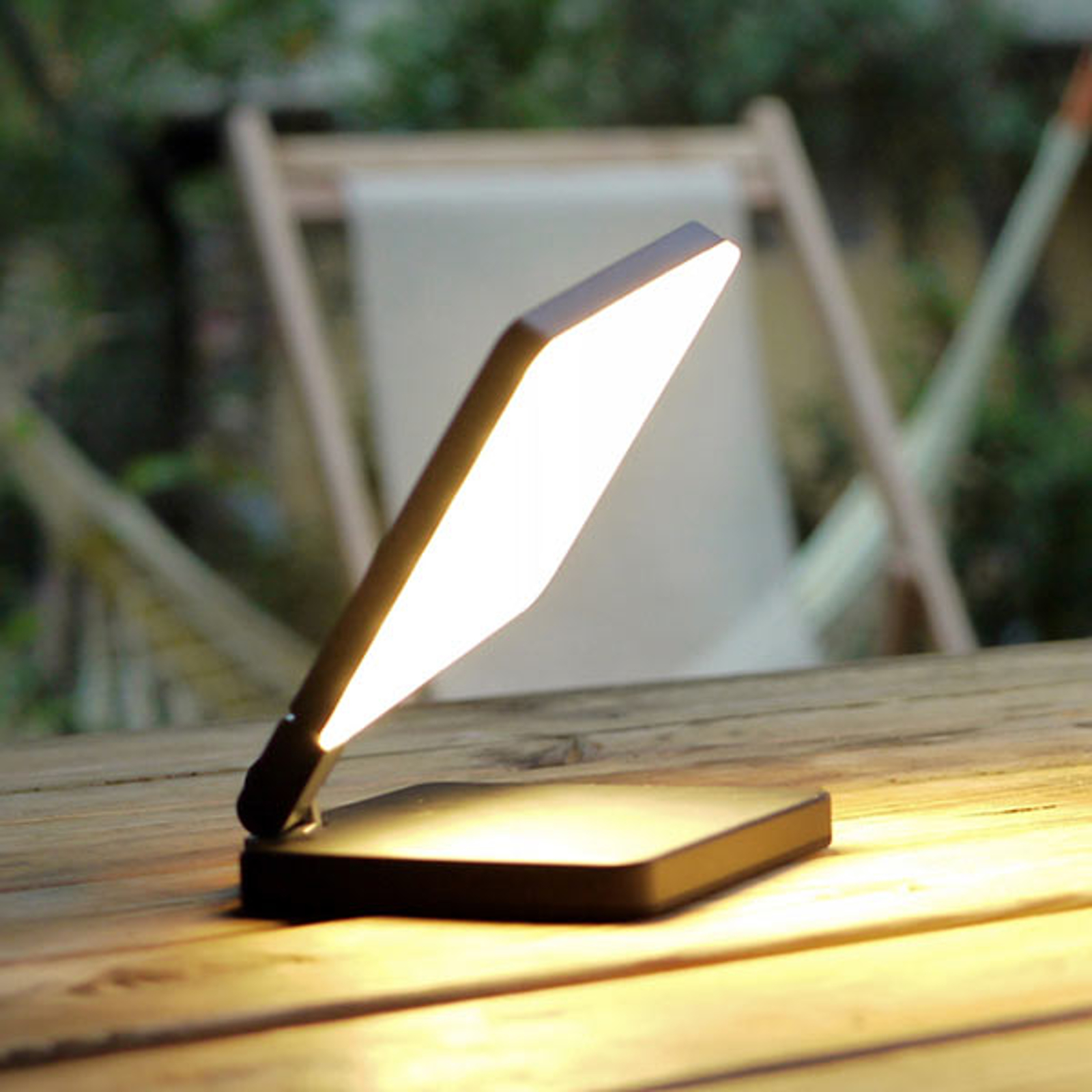 Nimbus Roxxane Fly LED tafellamp, zwart