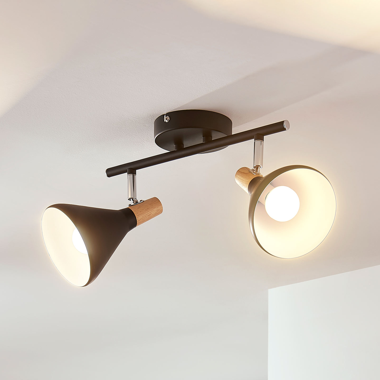 Lámpara LED de techo Arina de 2 brazos, negro