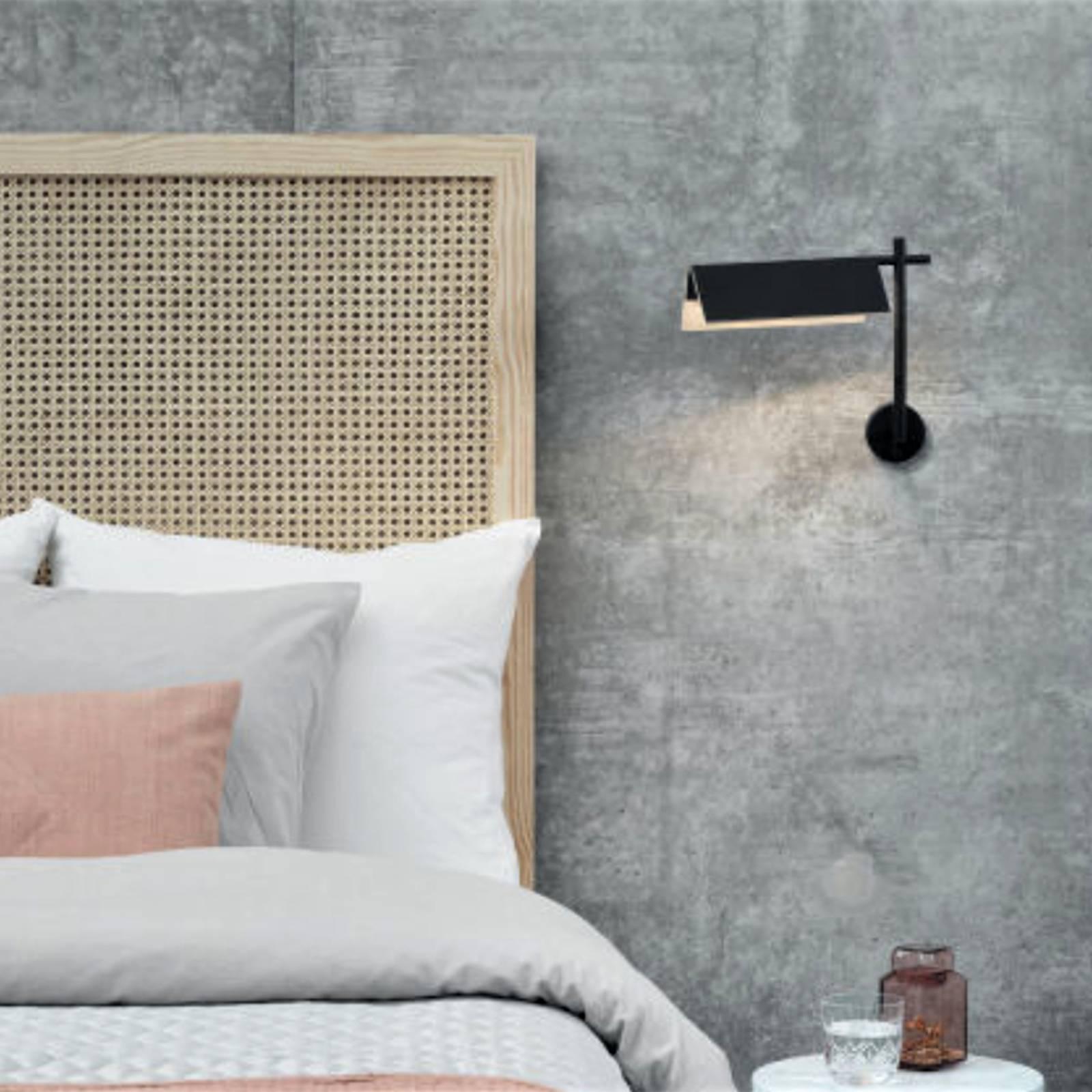 LED-Wandleuchte Svit Touchdim Holz/schwarz 2.700K