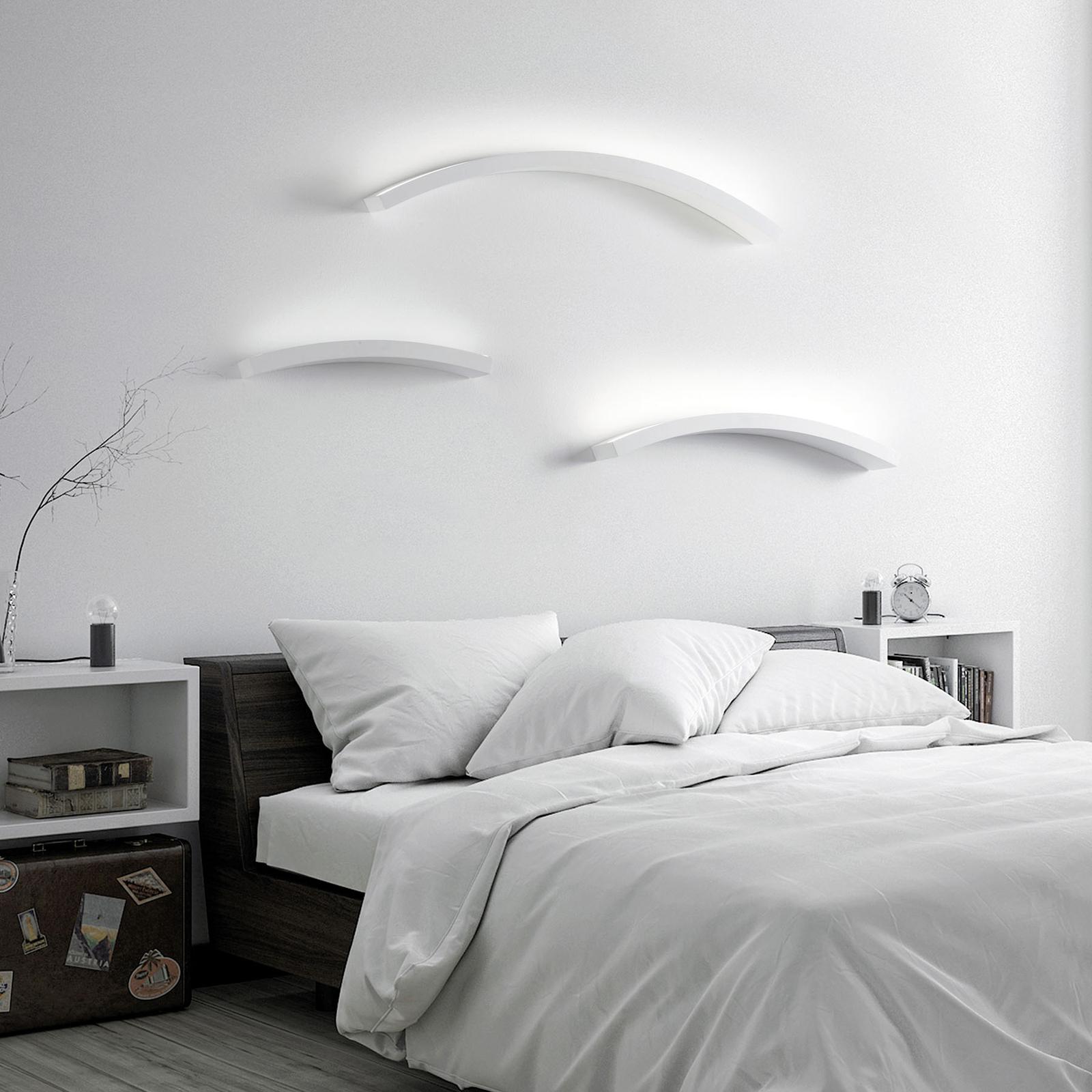 LED wandlamp Melossia, boven stralend, 76,5 cm