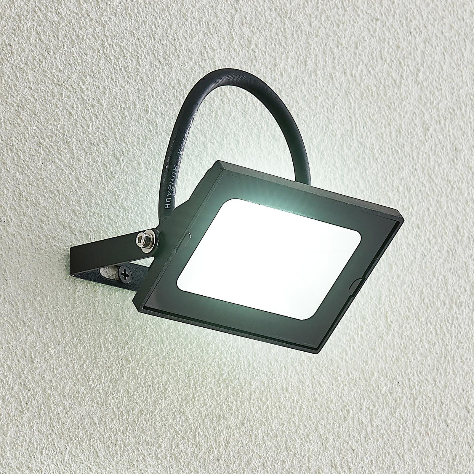 Lindby Aine LED-Außenspot schwarz 7,7 cm