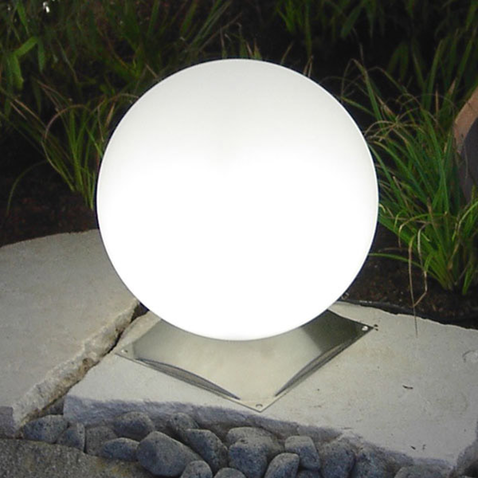 Ideale bolvormige lamp Snowball wit m. rvs voet 30