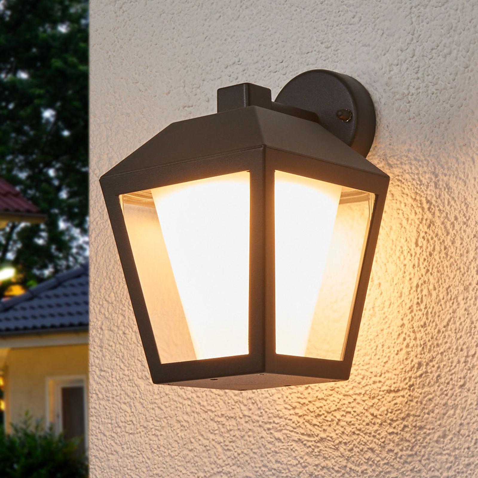Mörk LED-utomhusvägglampa Keralyn