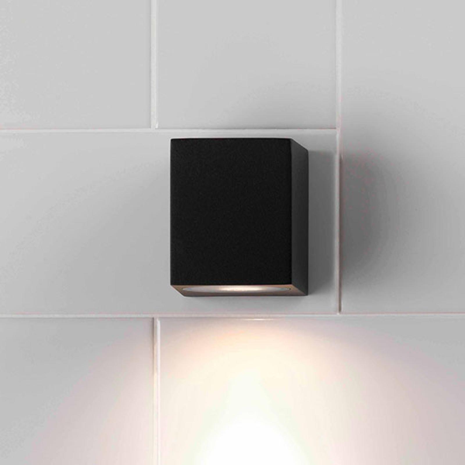 Astro Chios 80 - compacte buitenwandlamp zwart