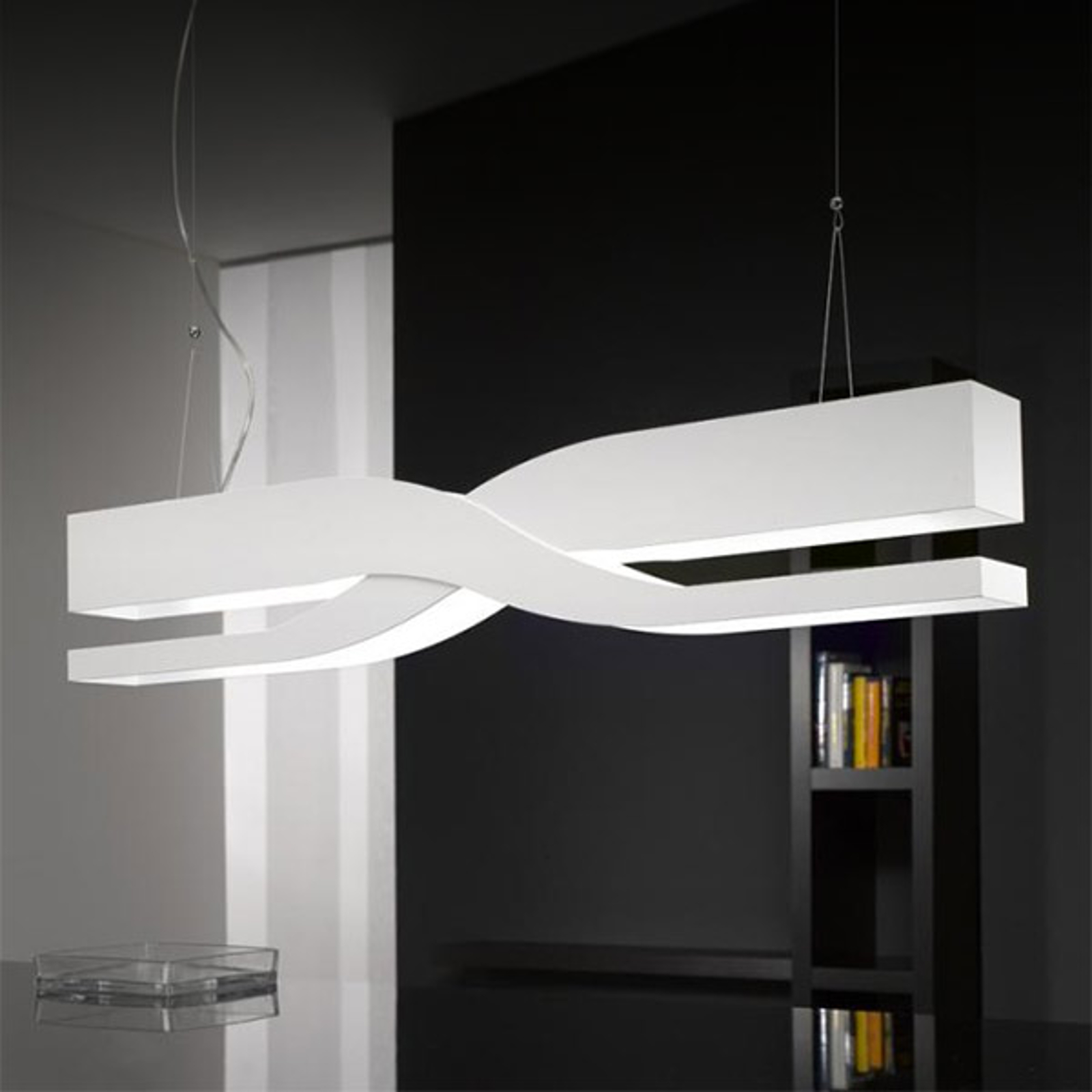 Biała designerska lampa wisząca Fifi 60 cm