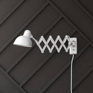 FRITZ HANSEN Kaiser Idell 6718-W væglampe, blank