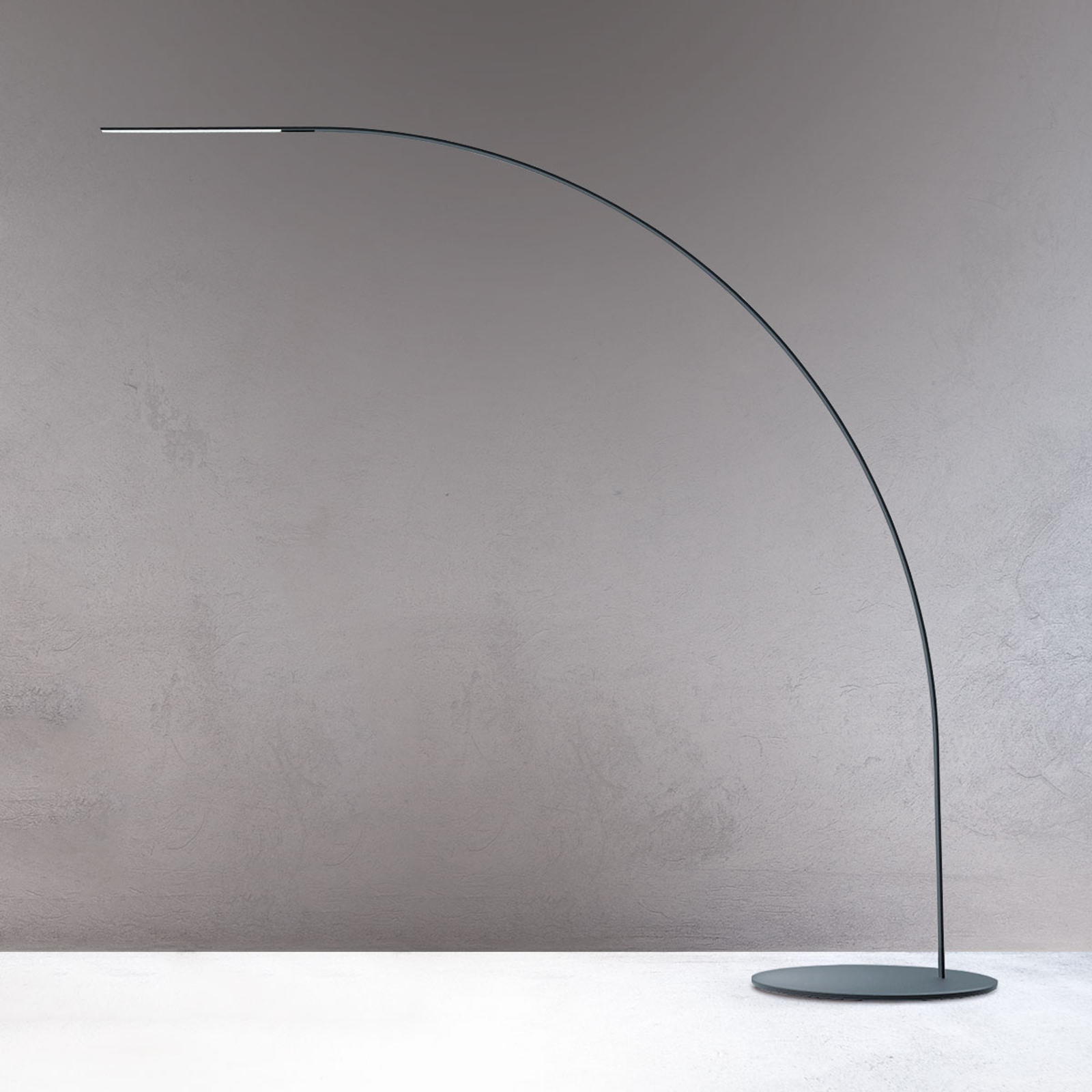 Fontana Arte Yumi designové LED obloukové svítidlo
