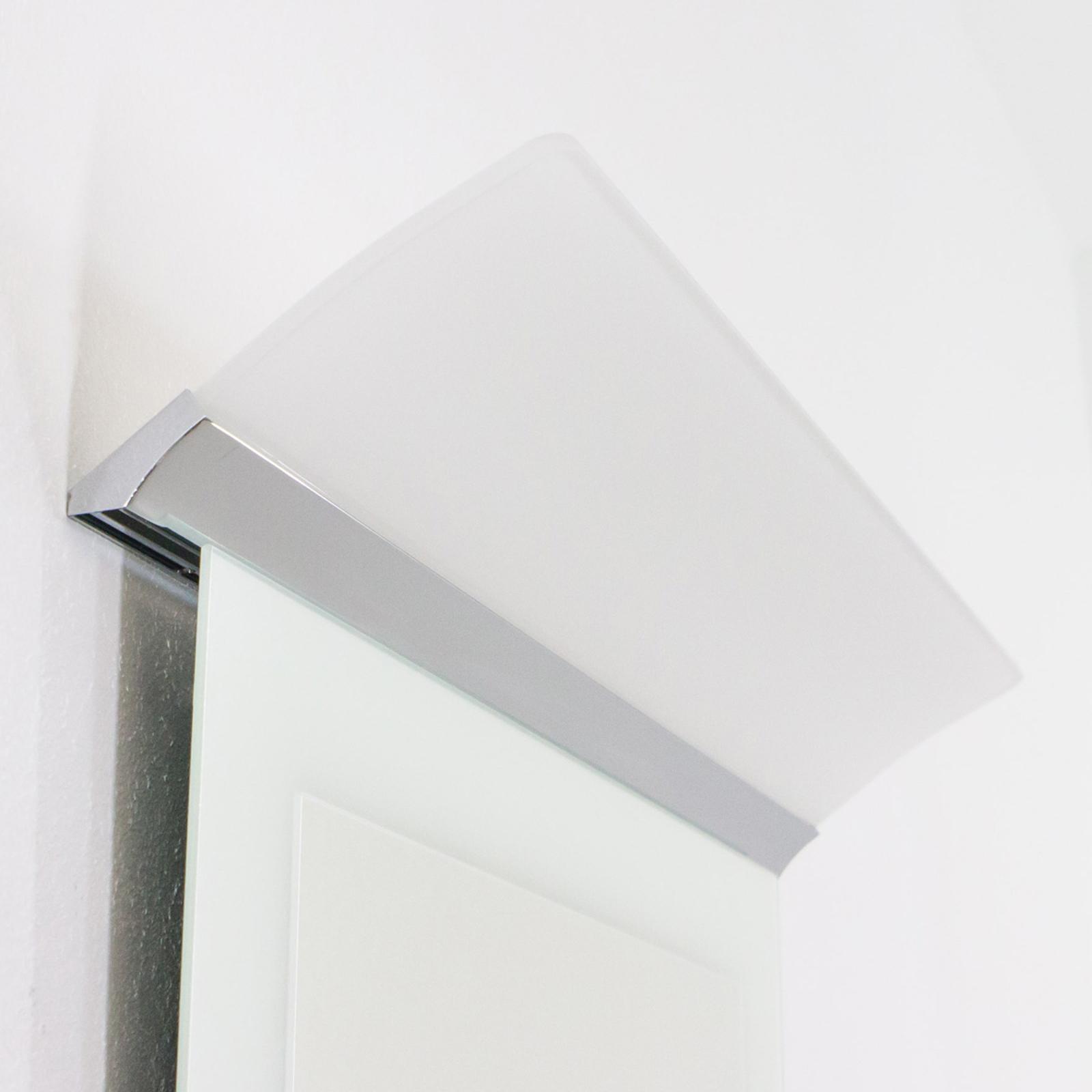 Flächige LED-Spiegelleuchte Angela, IP44, 50 cm