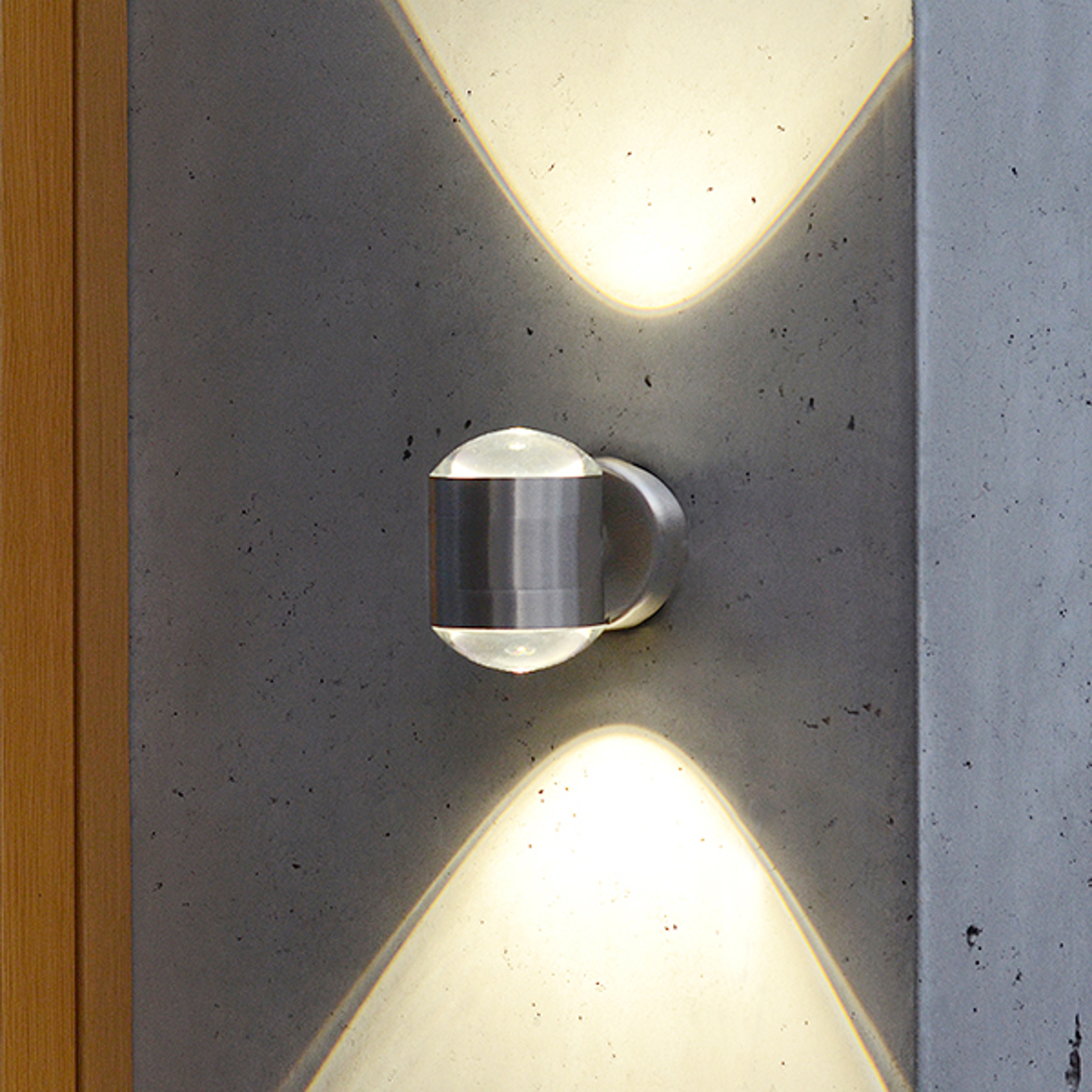 Crystal - unique LED exterior wall light_3006218_1