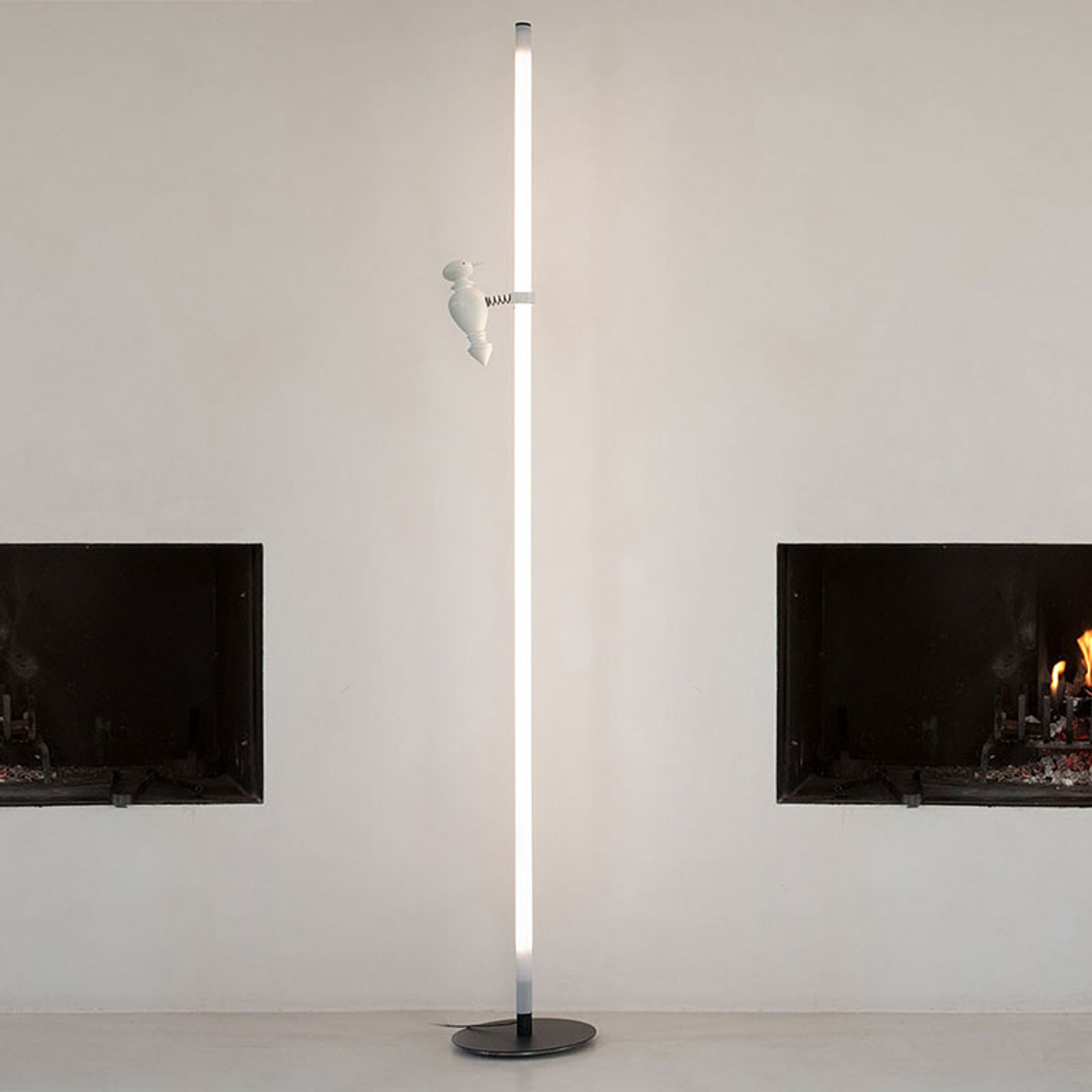 Karman Accipicchio lampadaire LED, 2700K
