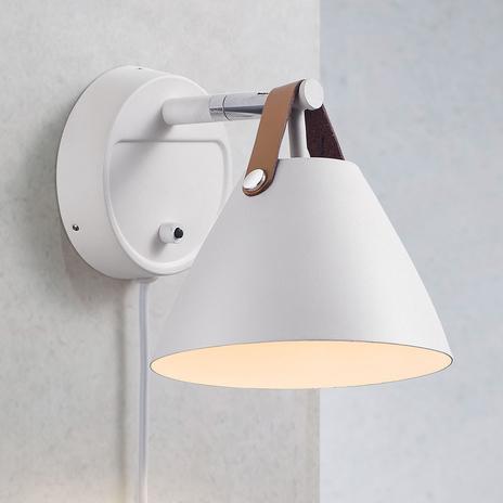 Lampa ścienna Strap z paskiem skórzanym, biała