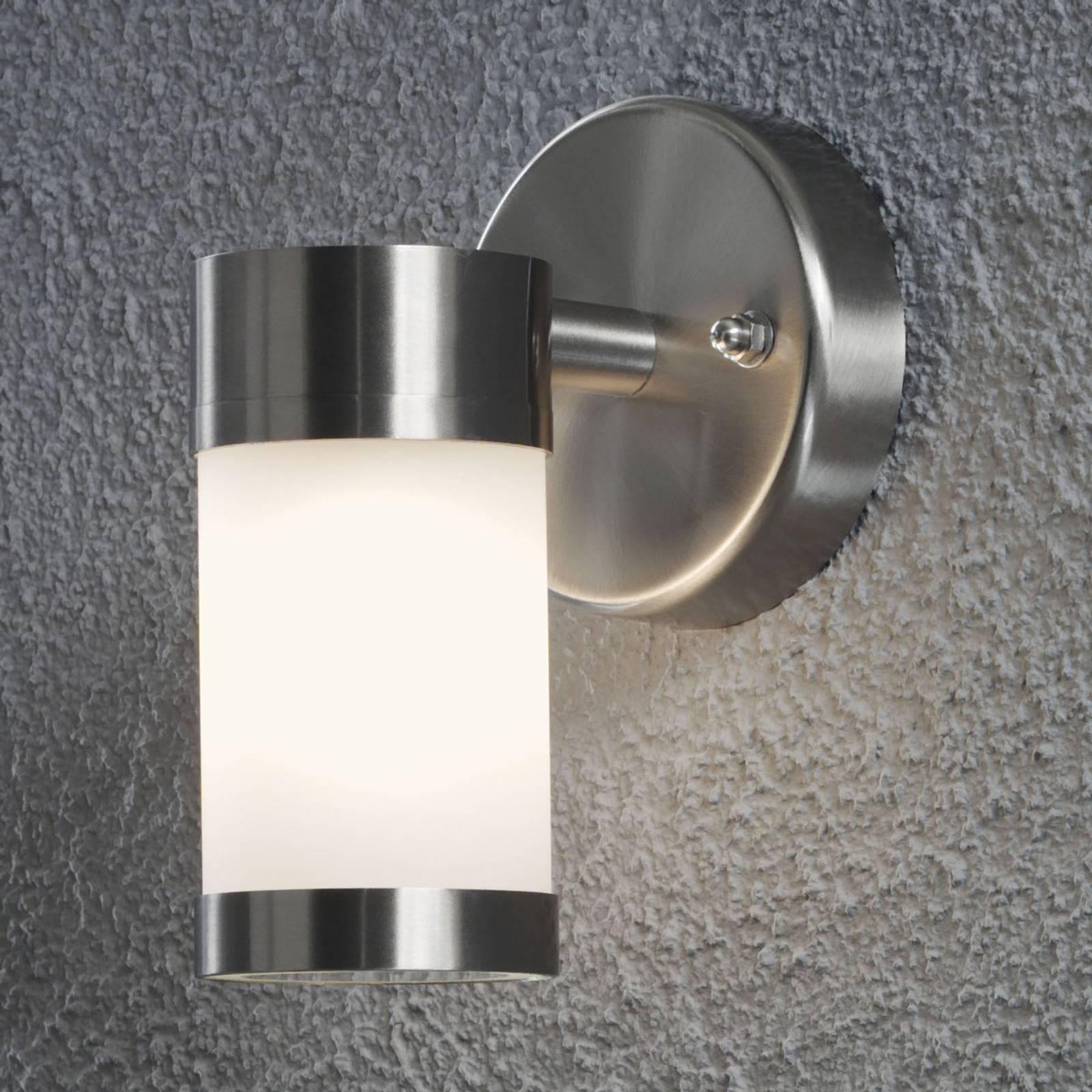 Strak vormgegeven 1-lichts buitenwandlamp MODENA