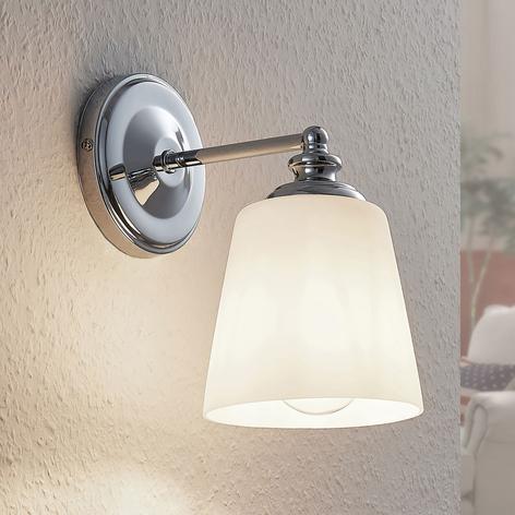 Lámpara de pared Yola con pantalla de vidrio cromo
