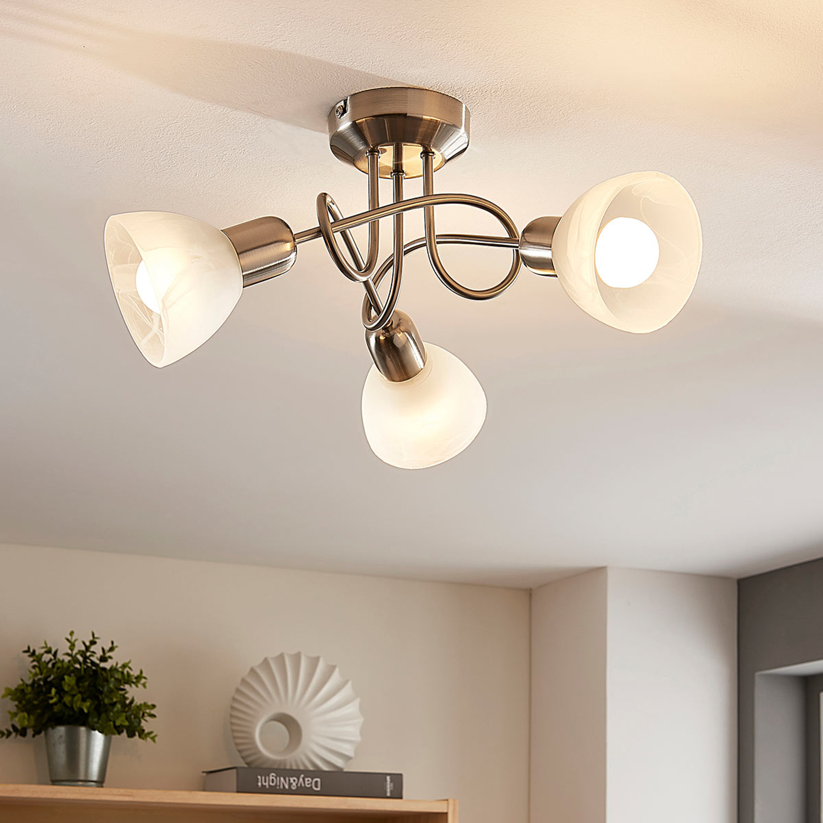 Lindby Paulina LED-taklampe, 3 lyskilder, rund