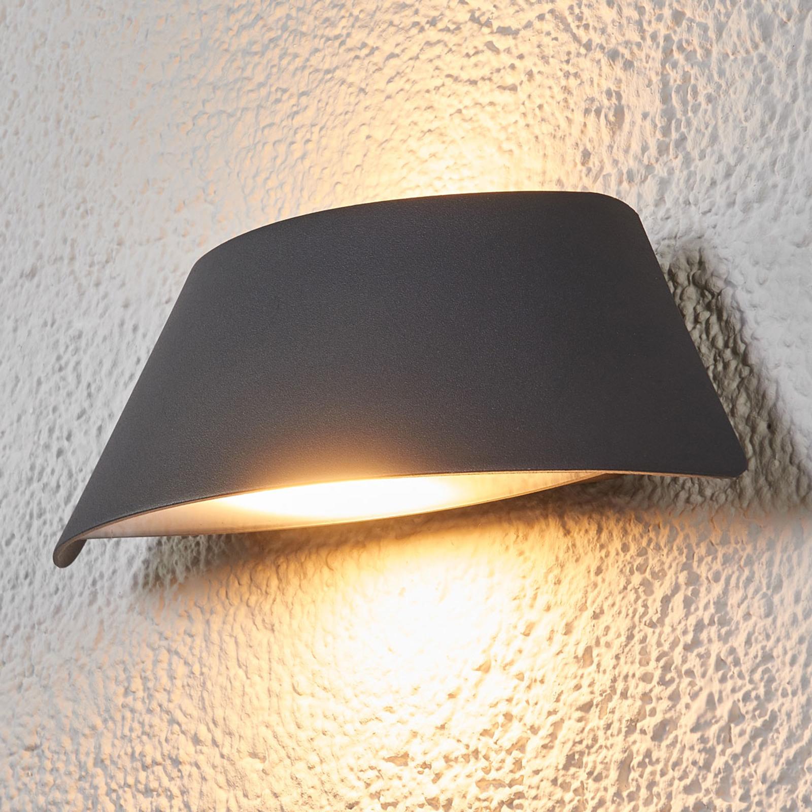 Trapezförmige LED-Außenwandleuchte Glen mit IP65