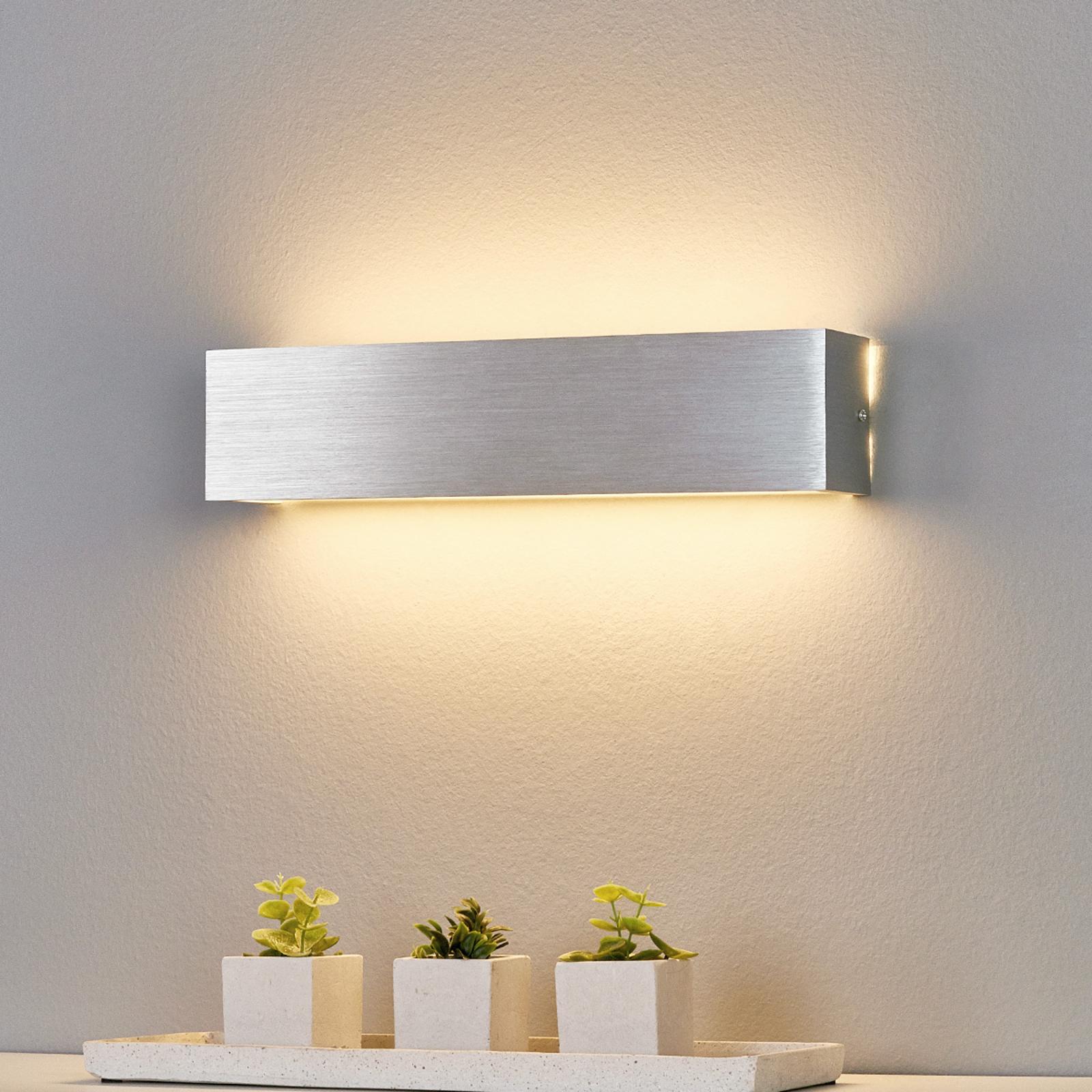 Aluminiumkleurige LED wandlamp Ranik