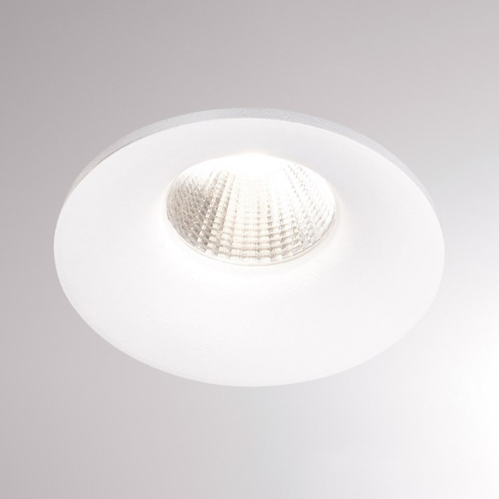 LED-Einbaustrahler Ivy Round 7W 3.000K 40° weiß
