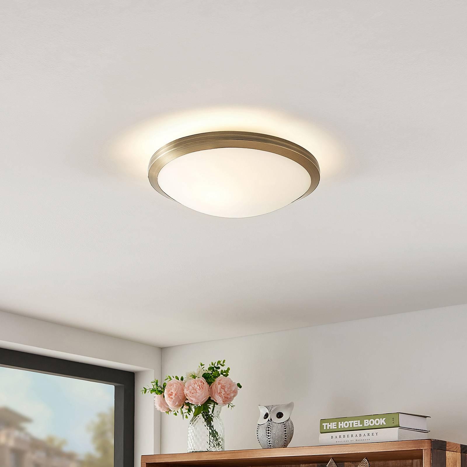 Lindby Ummi lampa sufitowa, mosiądz antyczny