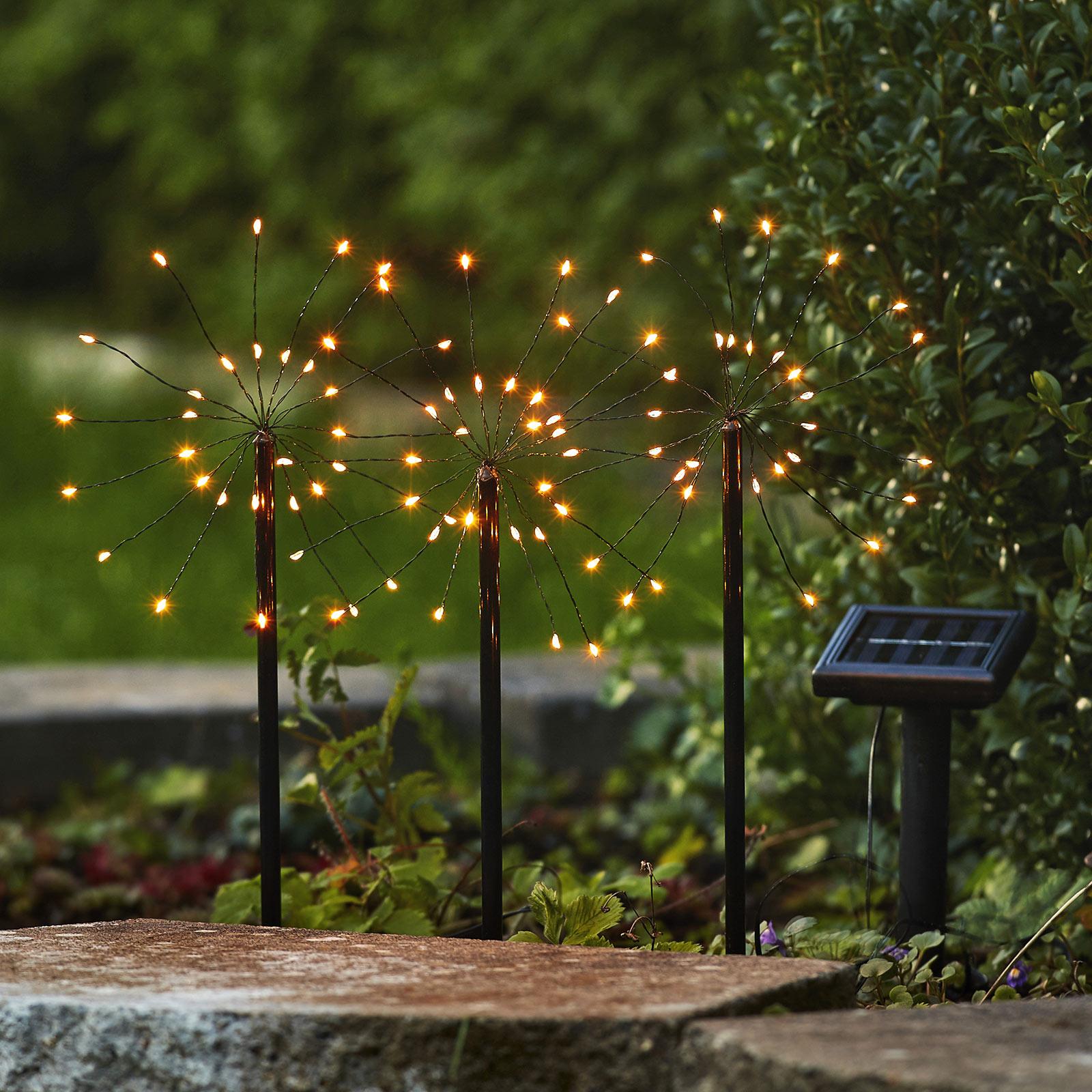 LED-solcellelampe Firework i sett med jordspyd