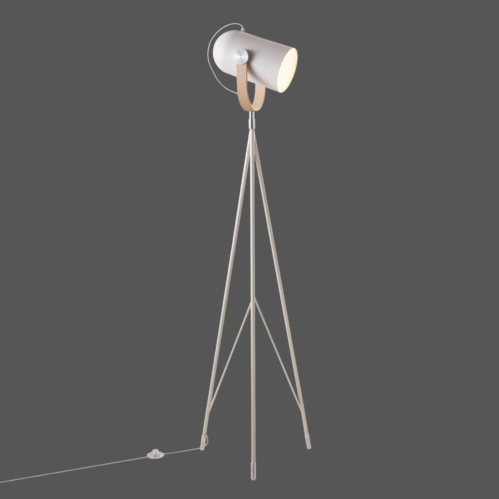LE KLINT Carronade High - sandfarvet standerlampe