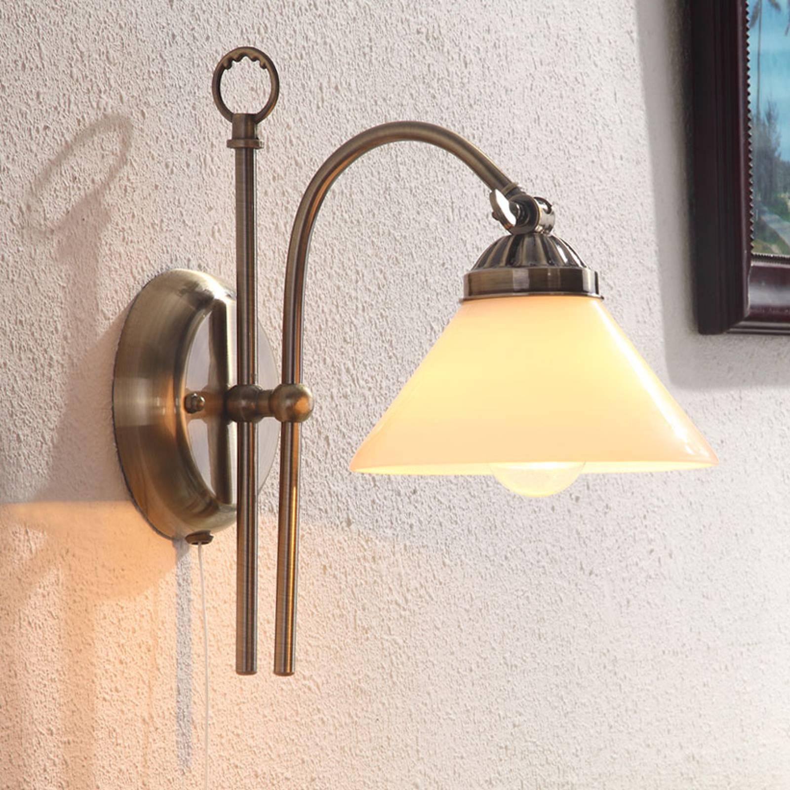 Wandlamp Otis met antieke uitstraling